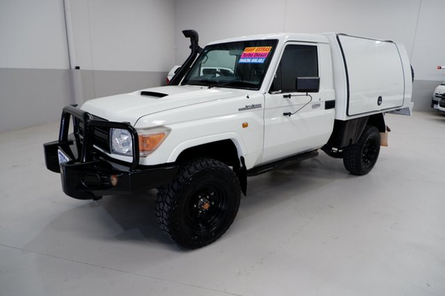 Used Toyota Landcruiser VDJ79R MY13 Workmate Kenwick, 2014 Toyota Landcruiser VDJ79R MY13 Workmate White 5 Speed Manual Cab Chassis