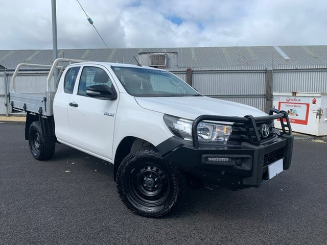 Used Toyota Hilux GUN125R Workmate Extra Cab Moonah, 2017 Toyota Hilux GUN125R Workmate Extra Cab White 6 Speed Manual Cab Chassis