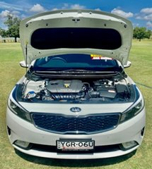 2016 Kia Cerato YD MY17 S White 6 Speed Sports Automatic Sedan