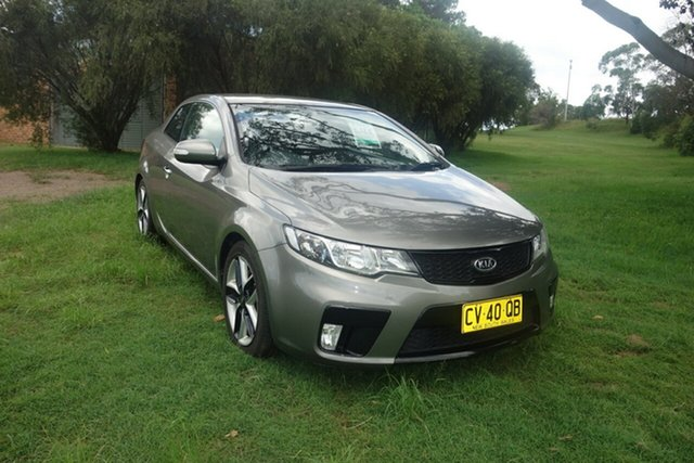 Used Kia Cerato TD MY10 Koup East Maitland, 2010 Kia Cerato TD MY10 Koup Silver 5 Speed Manual Coupe