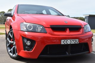 2009 Holden Special Vehicles ClubSport E Series MY09 R8 Red 6 Speed Manual Sedan.