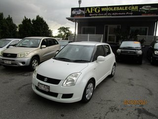 2008 Suzuki Swift EZ 07 Update White 5 Speed Manual Hatchback.
