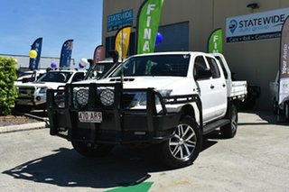 2013 Toyota Hilux KUN26R MY14 SR (4x4) White 5 Speed Manual Dual Cab Chassis.