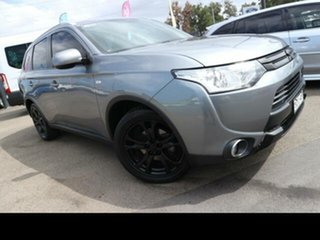 2014 Mitsubishi Outlander ZJ MY14.5 ES (4x2) Silver Continuous Variable Wagon.
