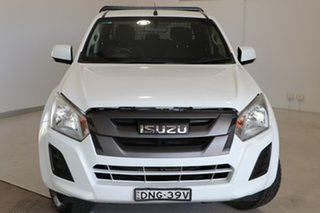 2017 Isuzu D-MAX MY17 SX Crew Cab White 6 Speed Manual Cab Chassis.