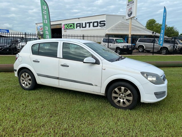 Used Holden Astra AH MY05 CD Berrimah, 2005 Holden Astra AH MY05 CD White 4 Speed Automatic Hatchback