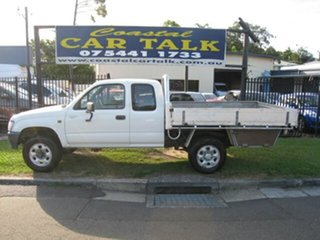 1999 Toyota Hilux RZN174R (4x4) White 5 Speed Manual 4x4 X Cab Pickup.