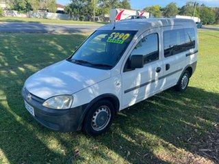 2003 Holden Combo XC 5 Speed Manual Van.