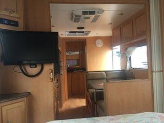 2011 Empire Retreat Caravan