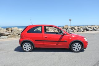 2003 Holden Barina XC MY03 SXI Red 5 Speed Manual Hatchback.