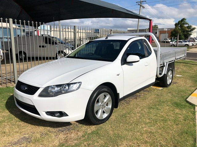 Used Ford Falcon FG Toowoomba, 2008 Ford Falcon FG White 5 Speed Auto Seq Sportshift Cab Chassis