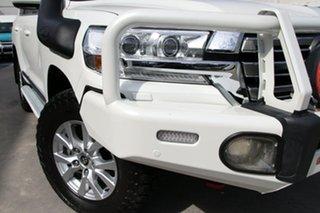 2016 Toyota Landcruiser VDJ200R Sahara White 6 Speed Sports Automatic Wagon.