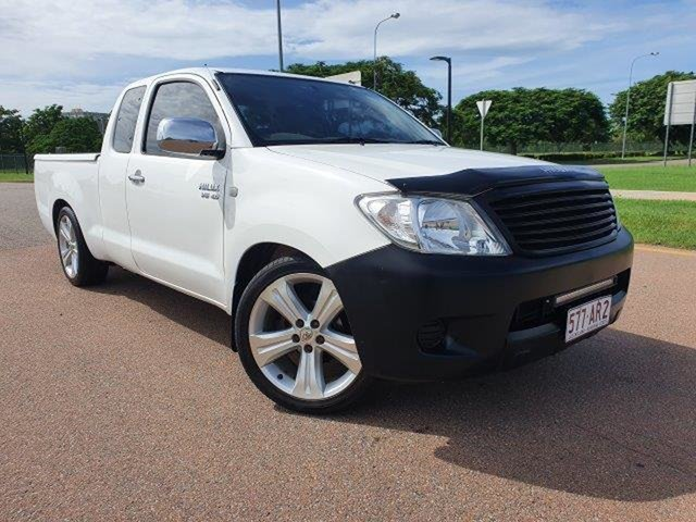 Used Toyota Hilux GGN15R MY08 SR Xtra Cab 4x2 Townsville, 2008 Toyota Hilux GGN15R MY08 SR Xtra Cab 4x2 White 5 Speed Automatic Utility