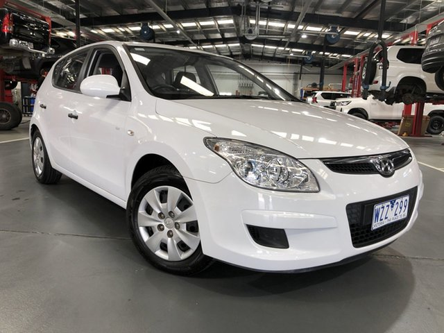 Pre-Owned Hyundai i30 FD MY09 SX Oakleigh, 2009 Hyundai i30 FD MY09 SX White 5 Speed Manual Hatchback