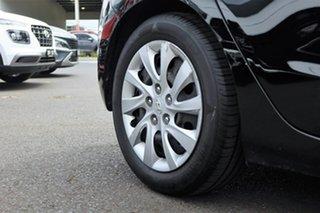 2013 Hyundai i30 GD2 Active Black 6 Speed Manual Hatchback