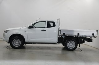 2020 Isuzu D-MAX RG MY21 SX Space Cab White 6 Speed Manual Cab Chassis.