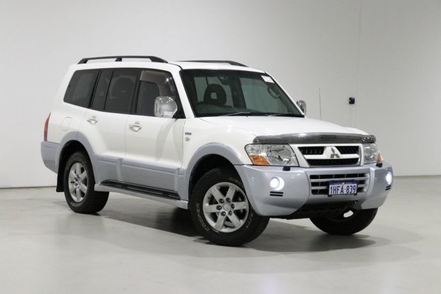 Used Mitsubishi Pajero NP Exceed LWB (4x4) Bentley, 2005 Mitsubishi Pajero NP Exceed LWB (4x4) White 5 Speed Auto Sports Mode Wagon