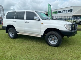 2003 Toyota Landcruiser HZJ105R Standard White 5 Speed Manual Wagon.