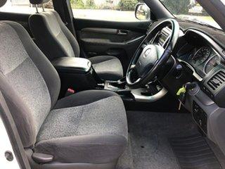 2006 Toyota Landcruiser Prado GRJ120R GXL (4x4) White 5 Speed Automatic Wagon.