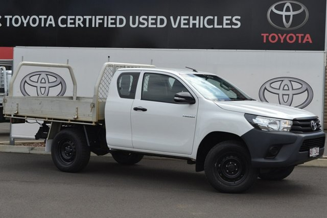 Pre-Owned Toyota Hilux GUN125R Workmate (4x4) Warwick, 2016 Toyota Hilux GUN125R Workmate (4x4) Glacier White 6 Speed Manual X Cab Cab Chassis