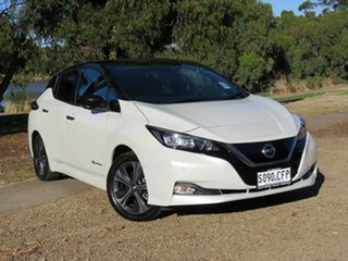 2019 Nissan Leaf ZE1 Ivory Pearl & Black Roof 1 Speed Reduction Gear Hatchback.
