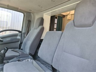 2009 Isuzu NPS NH 300 (4x4) Cab Chassis 4x4