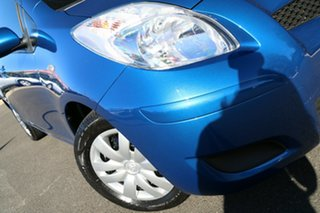 2009 Toyota Yaris NCP90R MY10 YR Blue Mica Metallic 5 Speed Manual Hatchback.