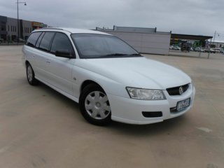 2005 Holden Commodore VZ Executive White 4 Speed Automatic Wagon.