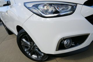 2014 Hyundai ix35 LM Series II SE (FWD) White 6 Speed Automatic Wagon.