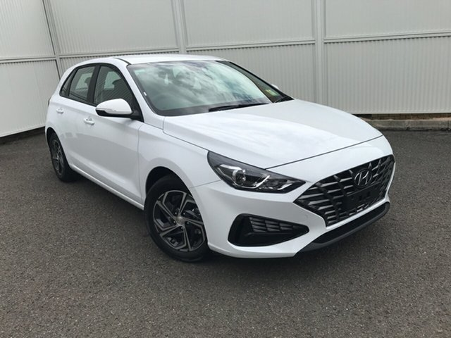 New Hyundai i30 PD.V4 MY21 Gladstone, 2021 Hyundai i30 PD.V4 MY21 White 6 Speed Manual Hatchback