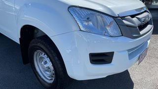 2016 Isuzu D-MAX MY15 SX Crew Cab 4x2 High Ride White 5 Speed Sports Automatic Cab Chassis.