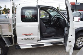 2006 Mazda Bravo B2500 DX Freestyle White/clo5 5 Speed Manual Cab Chassis