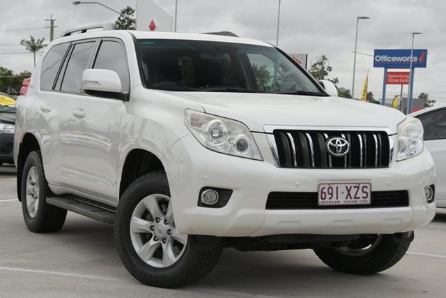 Used Toyota Landcruiser Prado KDJ150R Altitude Aspley, 2013 Toyota Landcruiser Prado KDJ150R Altitude White 5 Speed Sports Automatic Wagon
