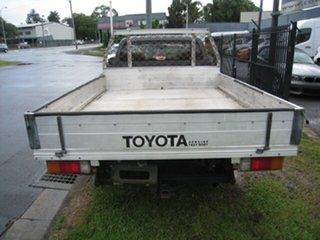 2011 Toyota Hilux TGN16R MY12 Workmate Grey 5 Speed Manual Cab Chassis