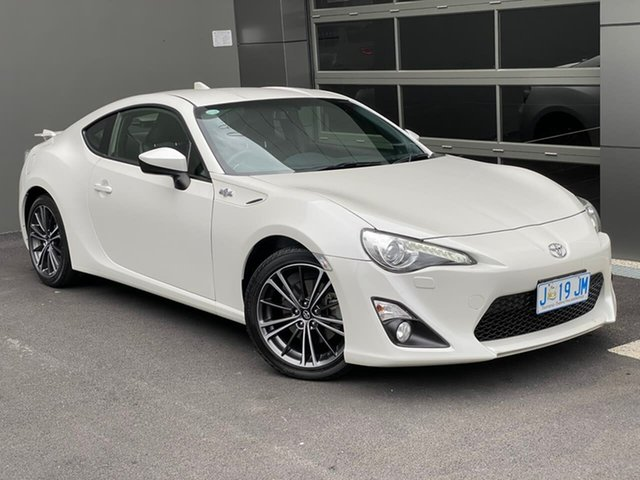 Used Toyota 86 ZN6 GTS Hobart, 2014 Toyota 86 ZN6 GTS White 6 Speed Sports Automatic Coupe