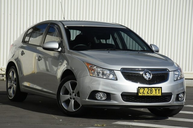 Used Holden Cruze JH Series II MY14 Equipe Wollongong, 2013 Holden Cruze JH Series II MY14 Equipe Silver 5 Speed Manual Hatchback