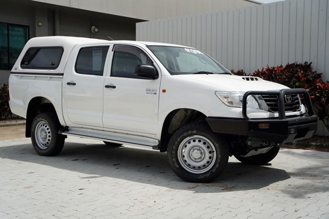 Used Toyota Hilux KUN26R MY14 SR Double Cab Cairns, 2015 Toyota Hilux KUN26R MY14 SR Double Cab White 5 Speed Manual Utility