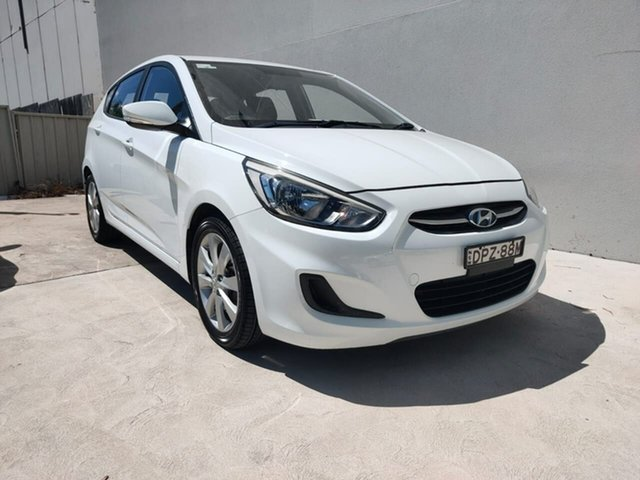 Used Hyundai Accent Sport Goulburn, 2017 Hyundai Accent Sport White Sports Automatic Hatchback