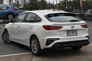 2020 Kia Cerato BD MY21 S Snow White Pearl 6 Speed Sports Automatic Hatchback.