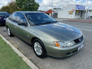 2004 Holden Commodore VY II Executive Green 4 Speed Automatic Sedan.