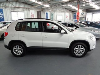 2009 Volkswagen Tiguan 5N MY09 103TDI 4MOTION White 6 Speed Sports Automatic Wagon