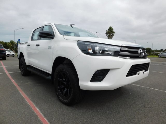 Pre-Owned Toyota Hilux GUN126R SR Double Cab Wonthaggi, 2018 Toyota Hilux GUN126R SR Double Cab White 6 Speed Sports Automatic Cab Chassis