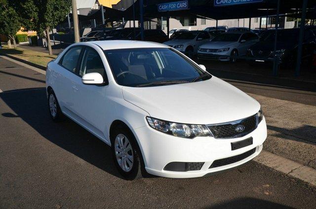Used Kia Cerato TD MY12 S Toowoomba, 2011 Kia Cerato TD MY12 S White 6 Speed Automatic Sedan