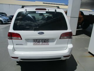2010 Ford Escape ZD White 4 Speed Automatic SUV.