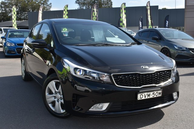 Used Kia Cerato YD MY17 S Tuggerah, 2017 Kia Cerato YD MY17 S Black 6 Speed Sports Automatic Hatchback