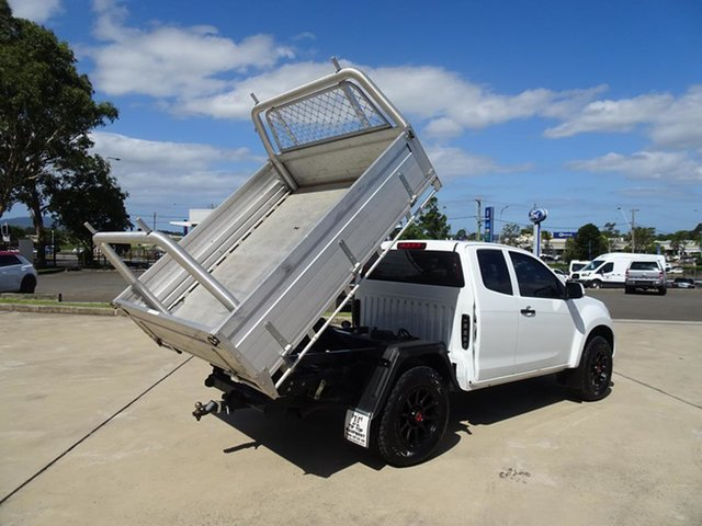 Used Isuzu D-MAX MY17 SX Space Cab Nowra, 2017 Isuzu D-MAX MY17 SX Space Cab White 6 Speed Manual Cab Chassis