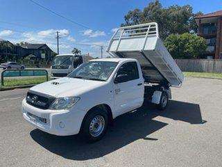 2009 Toyota Hilux KUN16R 09 Upgrade SR White 5 Speed Manual Cab Chassis.