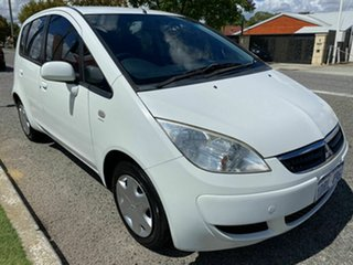 2006 Mitsubishi Colt RG MY06 LS White Continuous Variable Hatchback