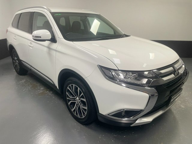 Used Mitsubishi Outlander ZK MY17 LS 2WD Cardiff, 2017 Mitsubishi Outlander ZK MY17 LS 2WD White 6 Speed Constant Variable Wagon