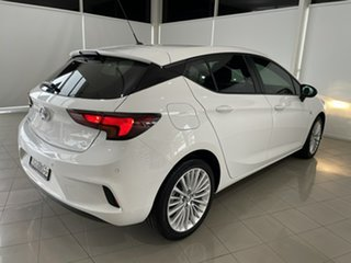 2017 Holden Astra BK MY18 R White 6 Speed Sports Automatic Hatchback.